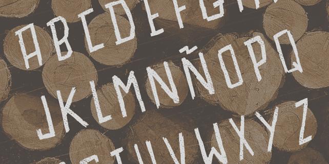 astilla-free-font