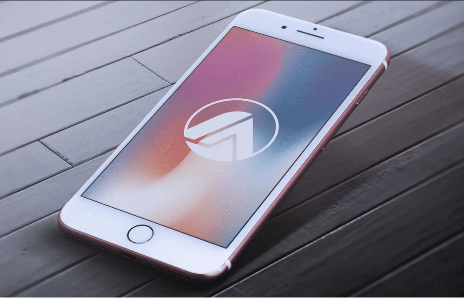 iPhone 7 Plus PSD Mockup Design
