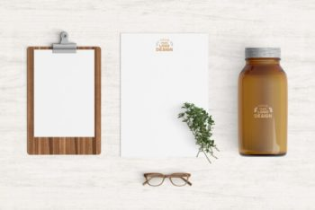 Free Kitchen Products Mockup in PSD