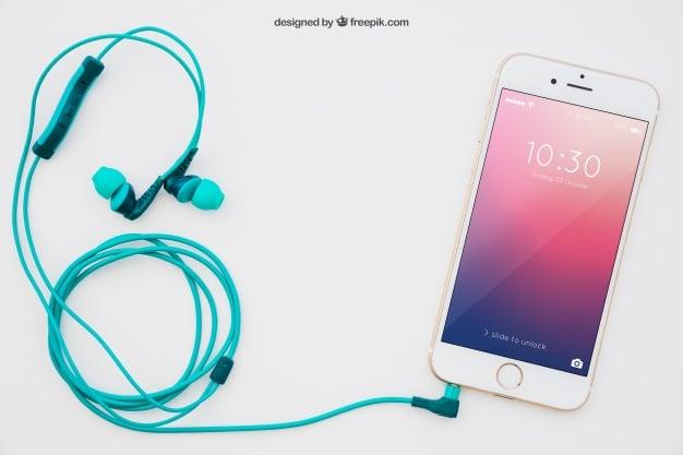 Smartphone Plus Earphone