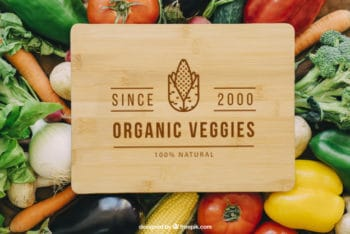 Free Organic Vegetables Mockup in PSD