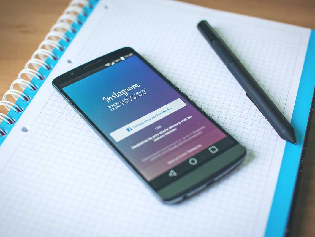 Smartphone Plus Stationery