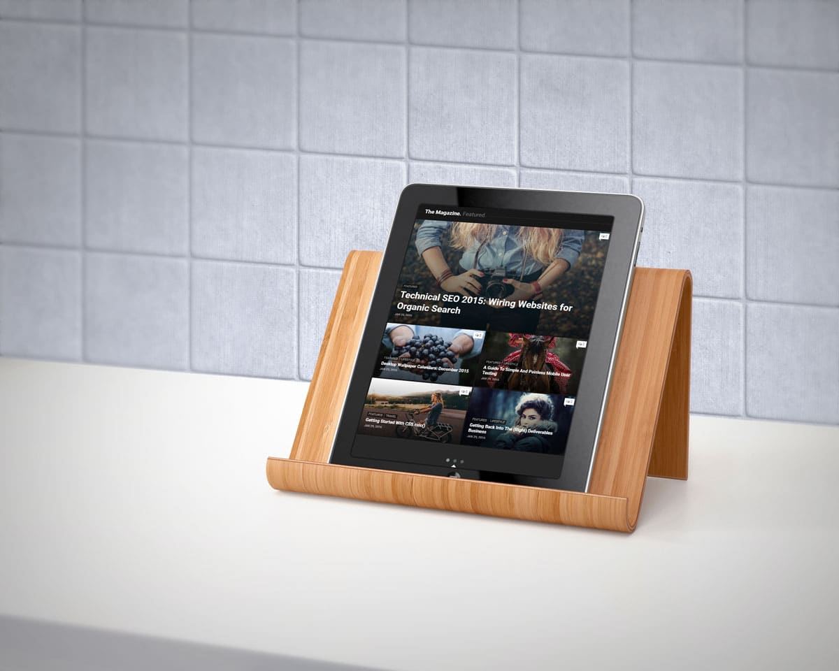 iPad Plus Wooden Stand