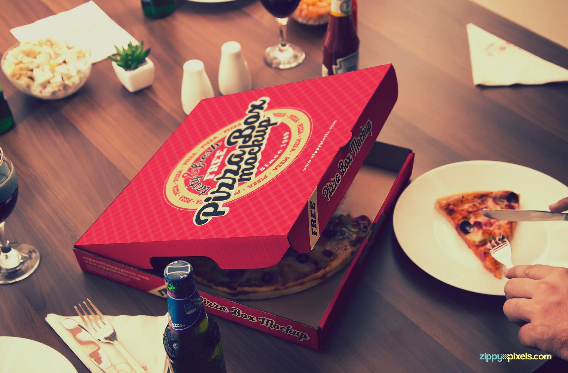 Finger Licking Good Pizza