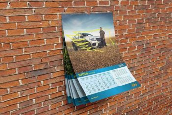 Free Wall Calendar Mockup in PSD