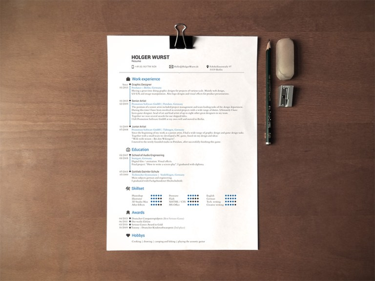 Effectively Simple Resume Plus Desk