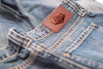 Free Clothing Label Mockup In PSD