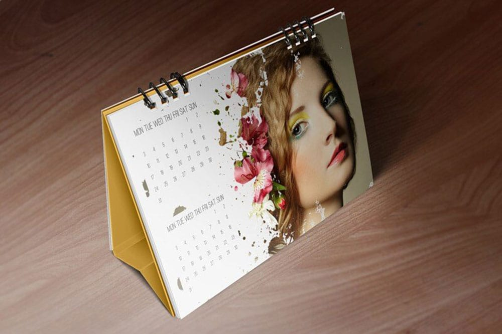 Free Download Desk Calendar Mockup in PSD - Designhooks