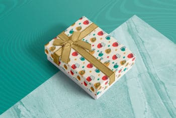 Free Gift Box Mockup In PSD