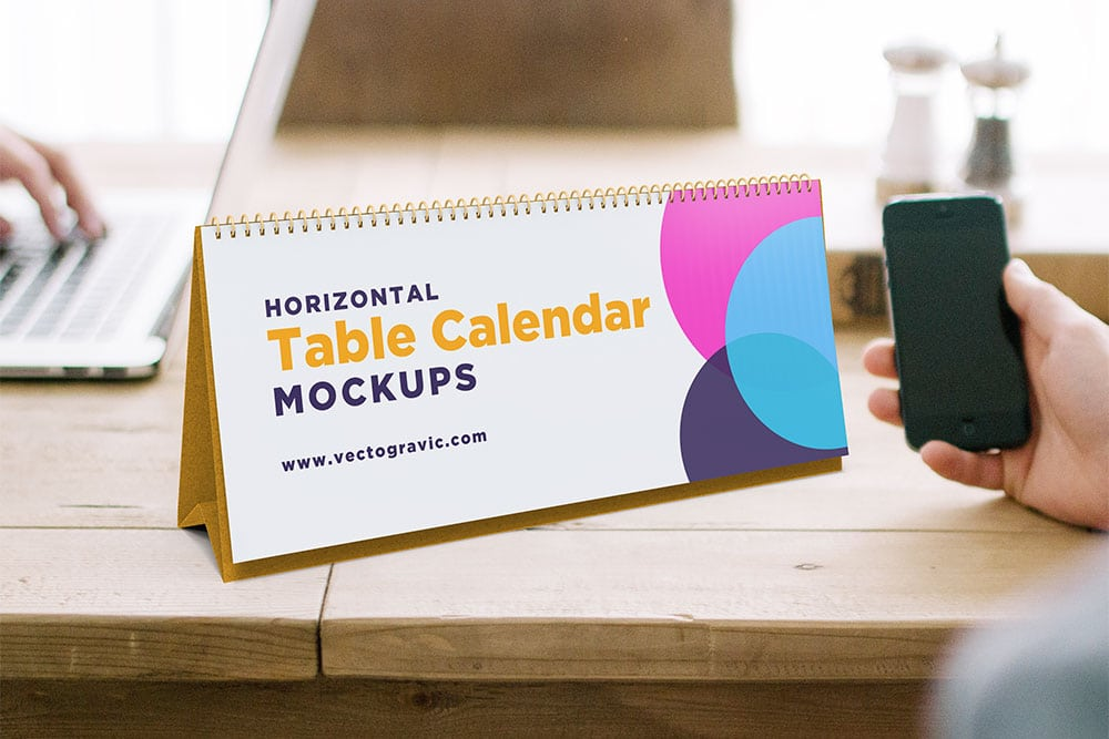 free horizontal desk calendar mockup