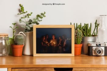 Free Small Frame Plus Plants Mockup in PSD
