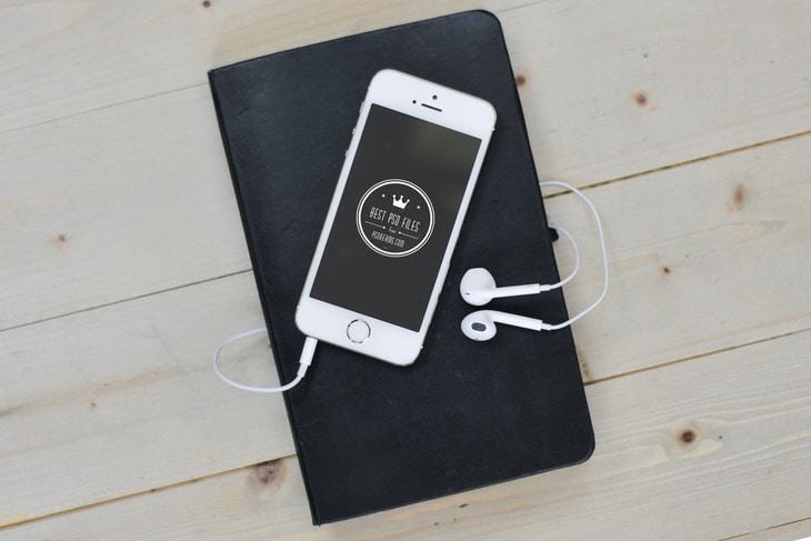 iPhone Plus Headphones Scene