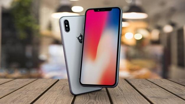 Custom Smartphones Plus Table