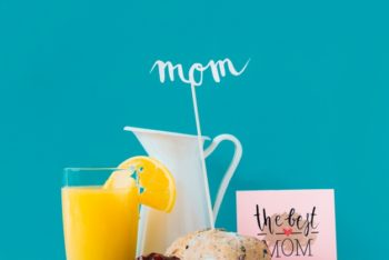 Free Mother's Day Breakfast Mockup in PSD