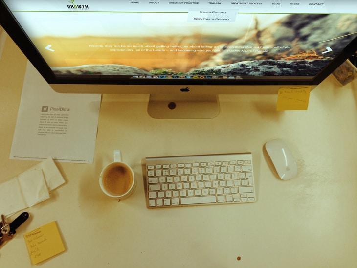 Photorealistic iMac Topview