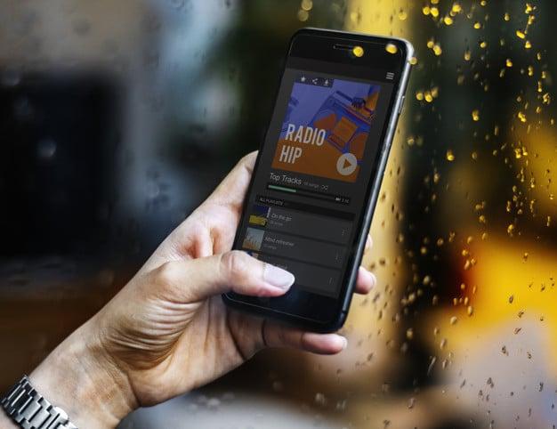 Smartphone Radio Music Stream