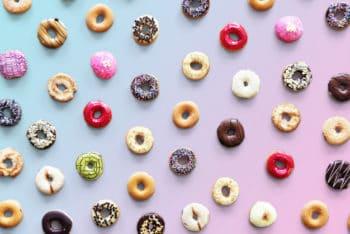 Free Donut Flavor Variety Mockup in PSD