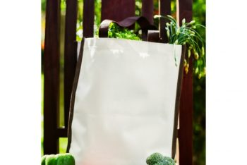 Free Tote Bag Plus Vegetables Mockup in PSD