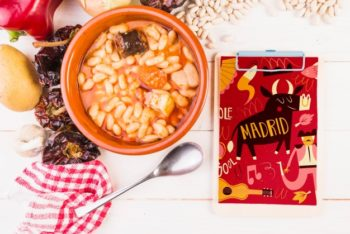 Free Spanish Bean Food Mockup in PSD