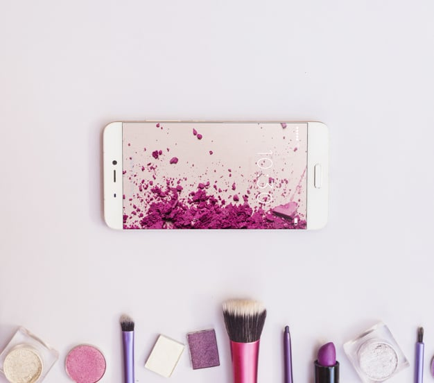 Smartphone Plus Beauty Products