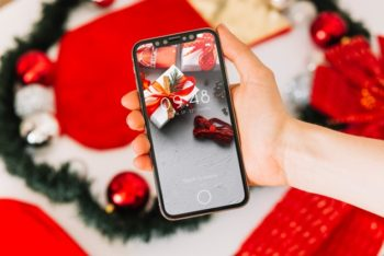 Free Christmas Smartphone Presentation Mockup in PSD