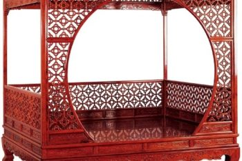 Free Ornate Mahogany Bed Mockup in PSD