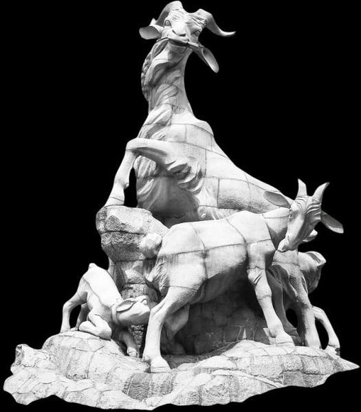Realistic Animal Sculptures