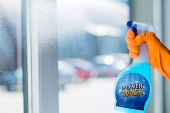 Free Window Cleaning Plus Spray Bottle Mockup