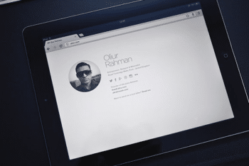 Free Clean Minimal Bio Website HTML Template
